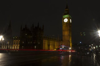 'Big Ben' Light Trails