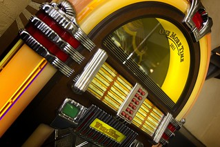 Retro Jukebox at City...
