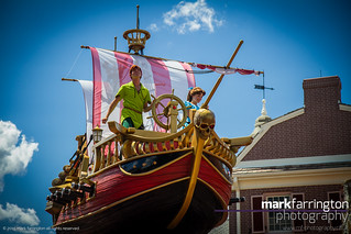 Peter Pan's Ship - Disney...