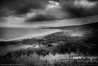 Whitepark Bay Black &...