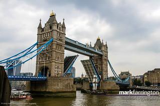 Jantje at Tower Bridge